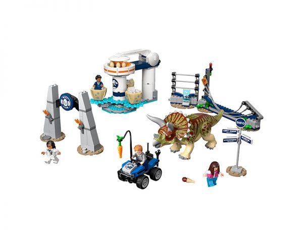 LEGO JURASSIC WORLD Fúria de Triceratops 75937-2