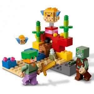 Lego do Minecraft com duas figuras, uma delas um zombie, no recife de coral