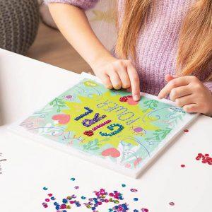 Quadro de lantejolas da marca EDUCA para criar obras lindas e coloridas.
