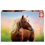 Puzzle 500 peças da marca Educa de uma bonita fotografia de um cavalo com um nascer do sol como fundo.