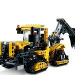 L42121-LEGO-TECHNIC-Escavadora-para-Trabalhos-Pesados-42121-Lego–